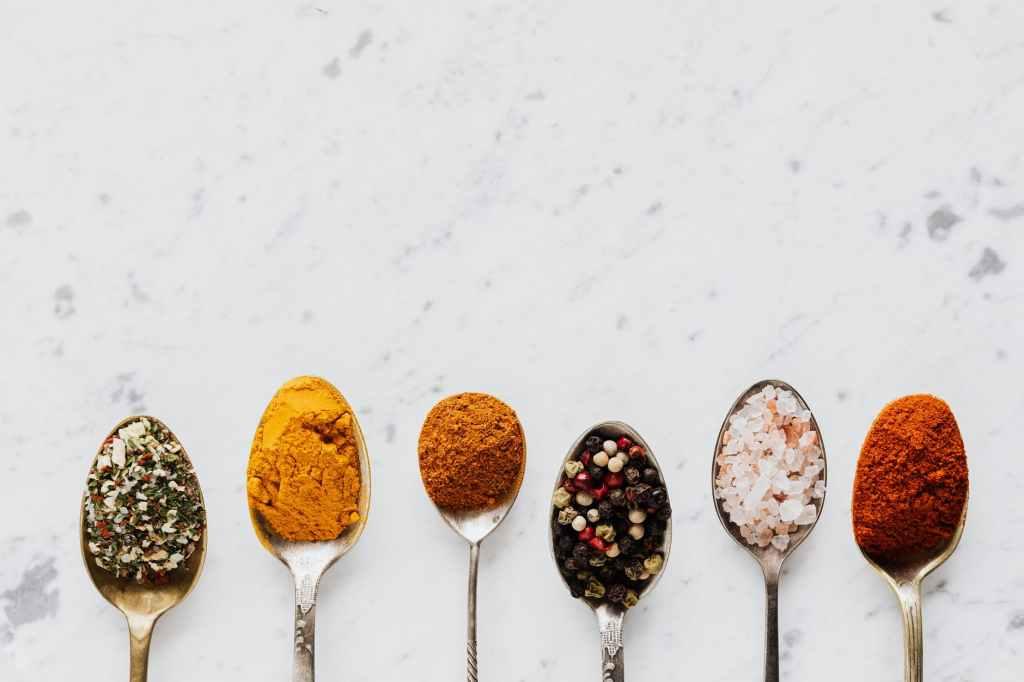 Spice Mixes, peppercorns, turmeric, seasalt, cumin.