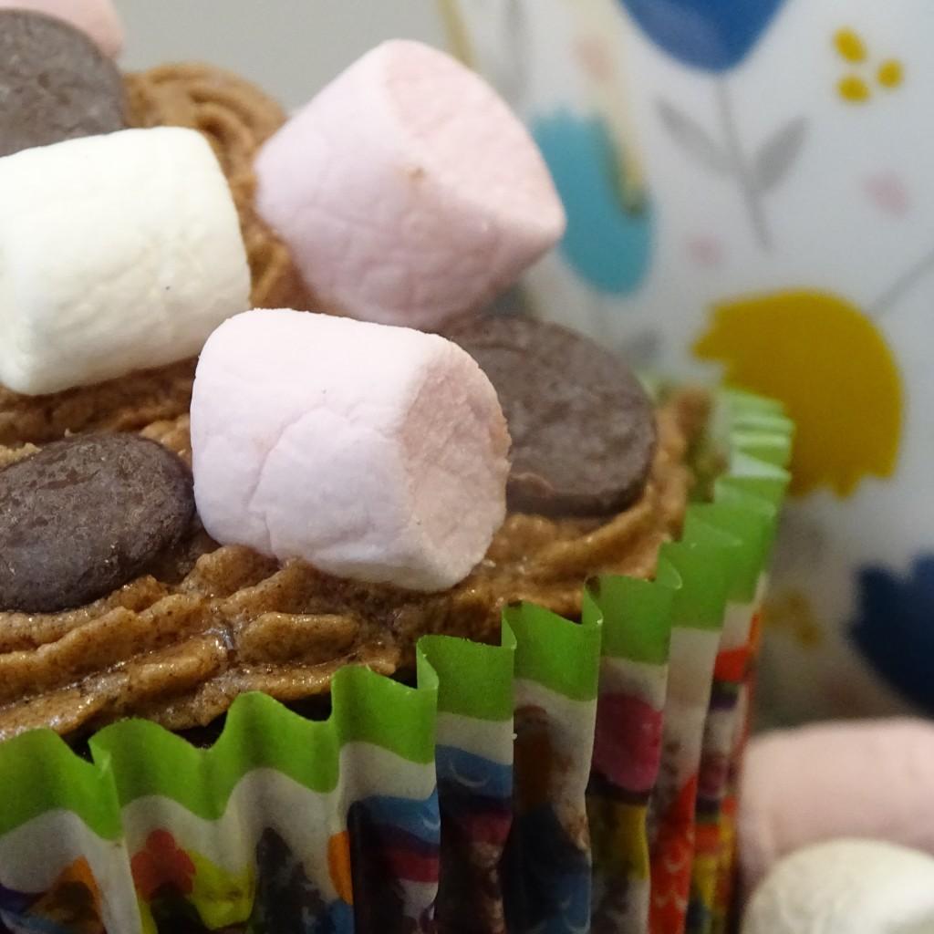 cupcake, marshmallows chocolate drops, mug