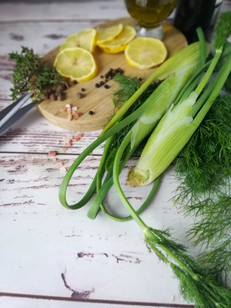 Food photography, Fennel, olive oil, thyme, peppercorn, allspice berries