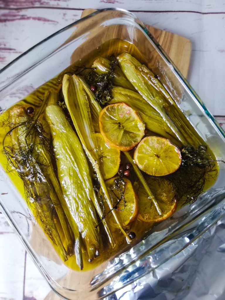 Food photography, Cooked confit of fennel, Pyrex dish